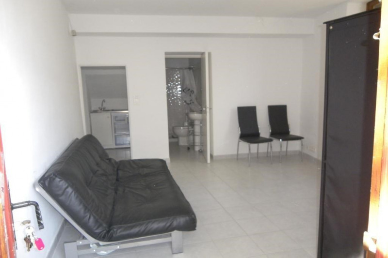 Location appartement Eygalieres 335€ CC - Photo 3