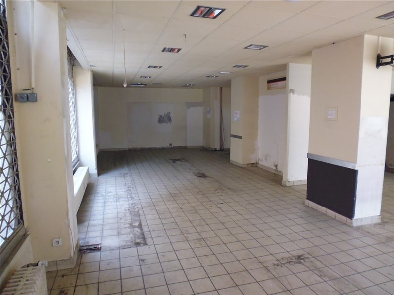 Location local commercial Strasbourg 1700€ HT/HC - Photo 3