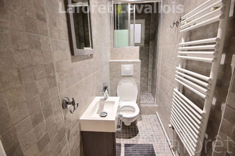 Location appartement Levallois perret 1 122€ CC - Photo 4