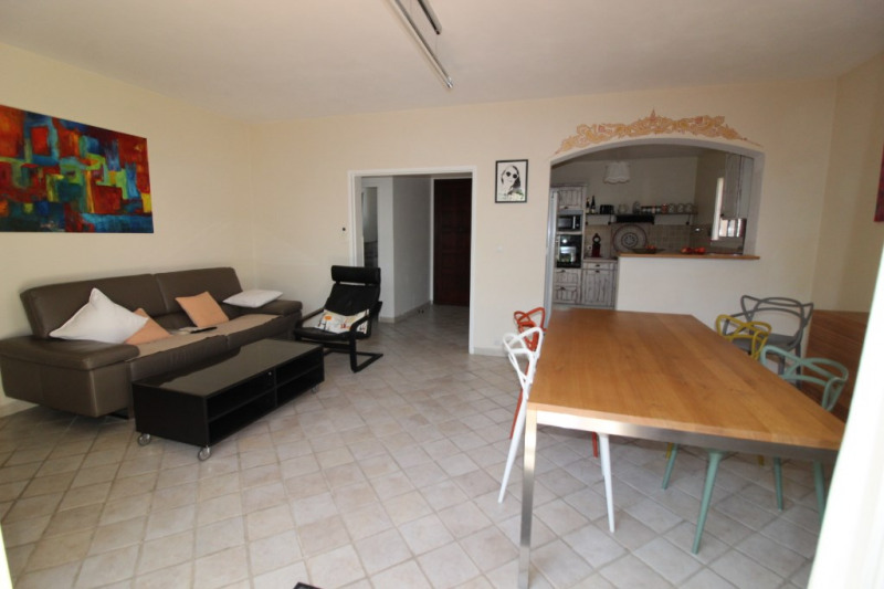 Vente appartement Hyeres 315 000€ - Photo 6