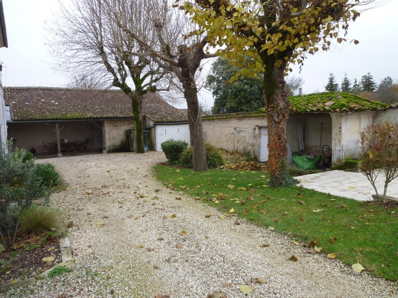 Sale house / villa Angeac champagne 212000€ - Picture 2