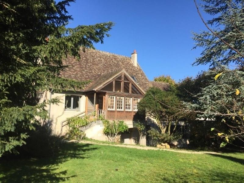 Sale house / villa Montfort l amaury 785000€ - Picture 2