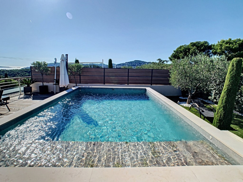 Deluxe sale apartment Antibes 995000€ - Picture 2