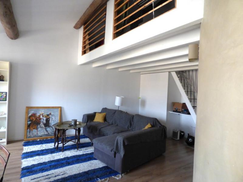 Longchamp T2/3 traversant - Dernier étage avec petit balcon