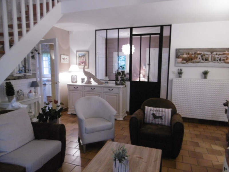 Sale house / villa Yvre l eveque 449 280€ - Picture 1