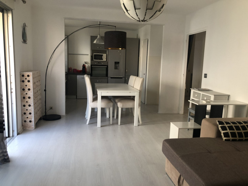 Location appartement Saint-raphaël 770€ CC - Photo 2