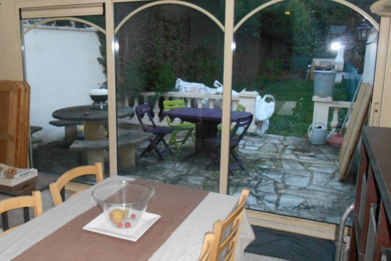 Rental house / villa Saint quentin 680€ CC - Picture 4