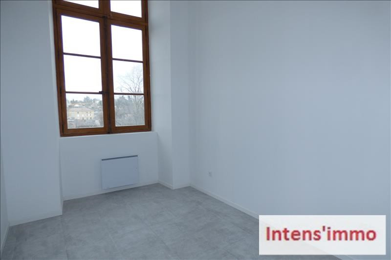 Rental apartment Chatuzange le goubet 880€ CC - Picture 3