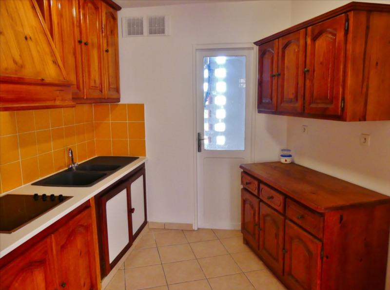 Affitto appartamento La possession 605€ CC - Fotografia 4