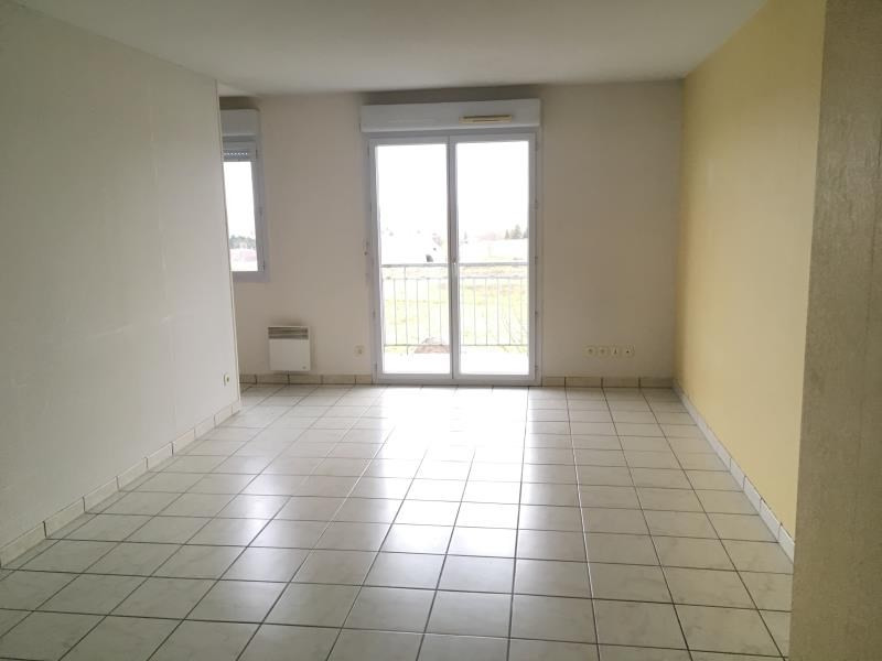 Rental apartment Vendome 445€ CC - Picture 2