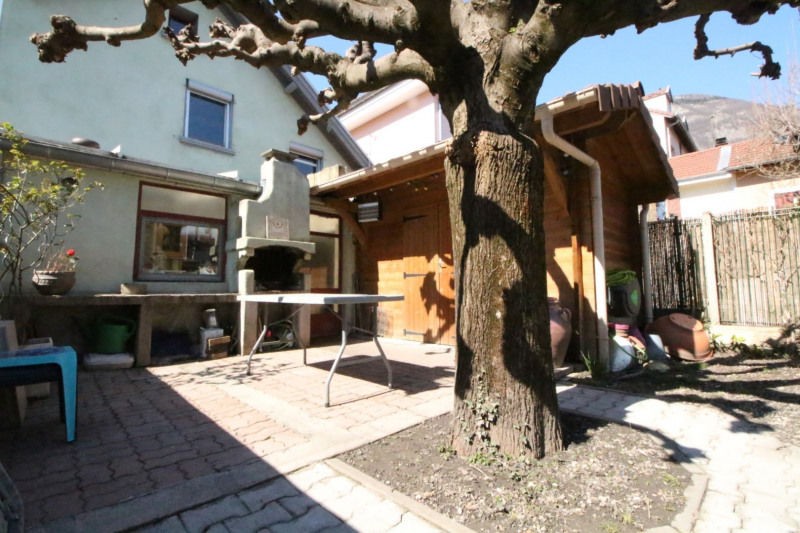 Vente maison / villa Grenoble 376200€ - Photo 10
