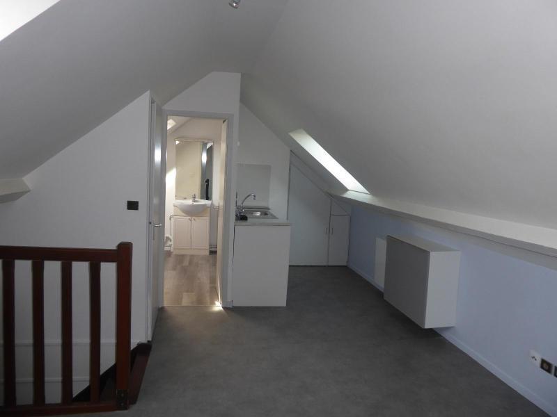 Location appartement Dijon 383€ CC - Photo 1