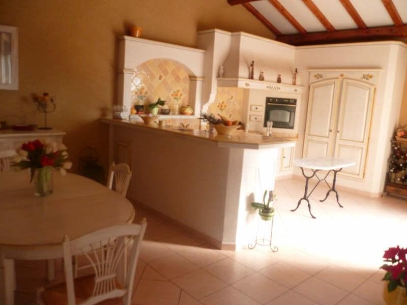 Vente maison / villa Eyguieres 395000€ - Photo 5