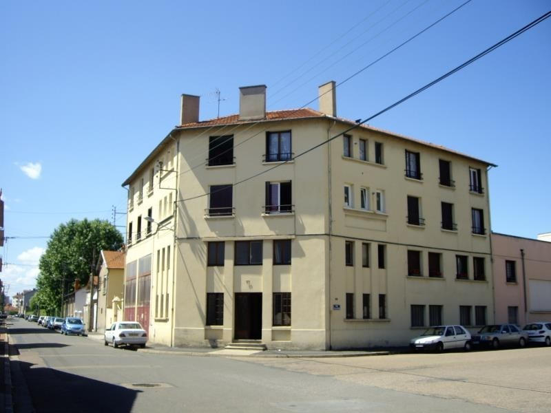 Location appartement Roanne 369€ CC - Photo 1
