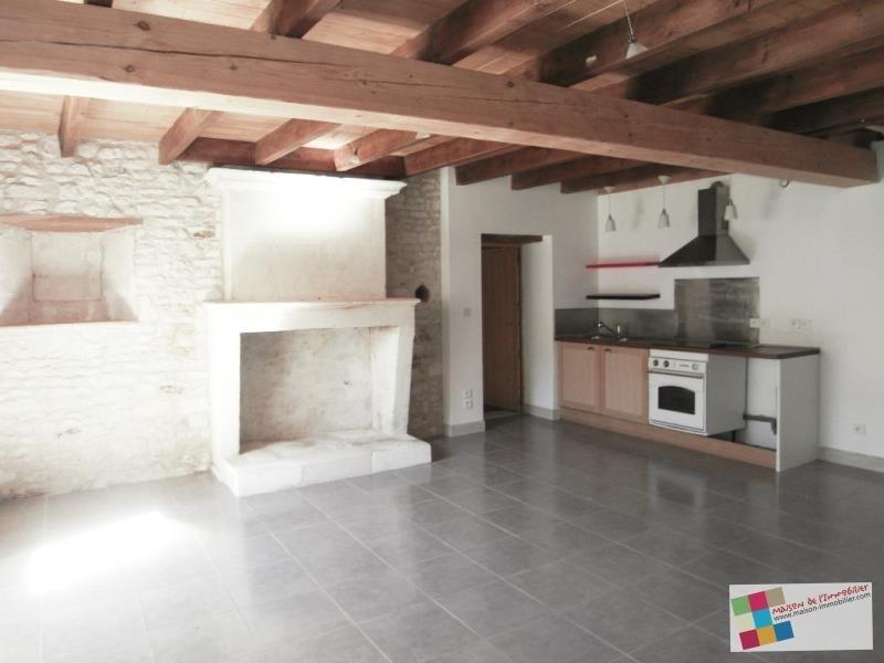Location maison / villa Salignac sur charente 595€ CC - Photo 2