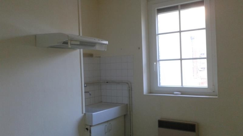 Location maison / villa Aubigny sur nere 480€ CC - Photo 3