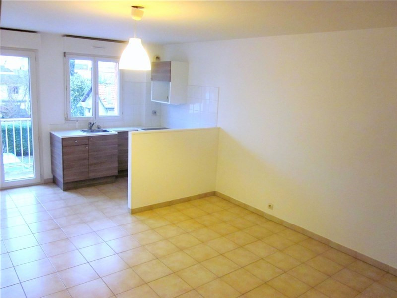 Rental apartment Livry gargan 795€ CC - Picture 1