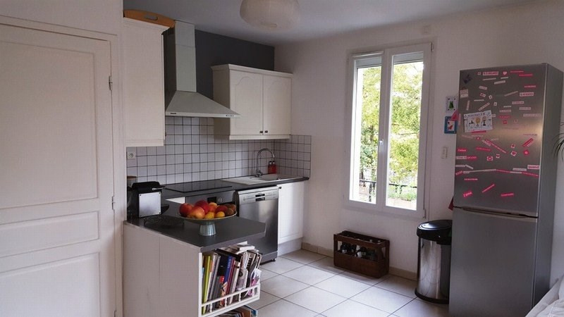 Location maison / villa Champagne au mont d'or 1 820€ CC - Photo 2