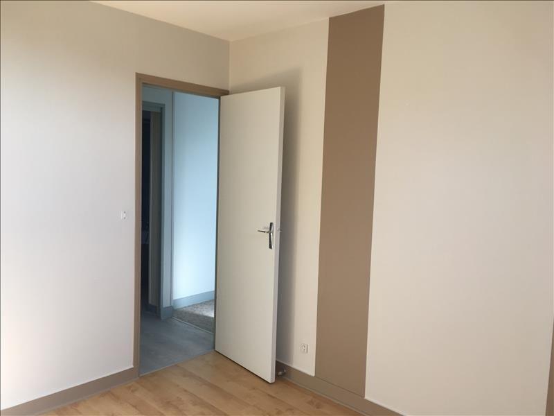 Rental apartment Vendome 320€ CC - Picture 5