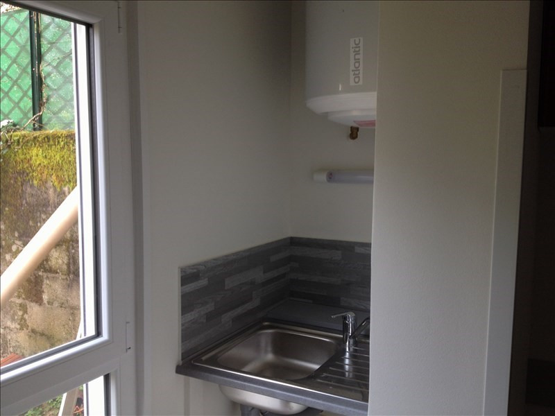Location appartement Nantes 306€ CC - Photo 4