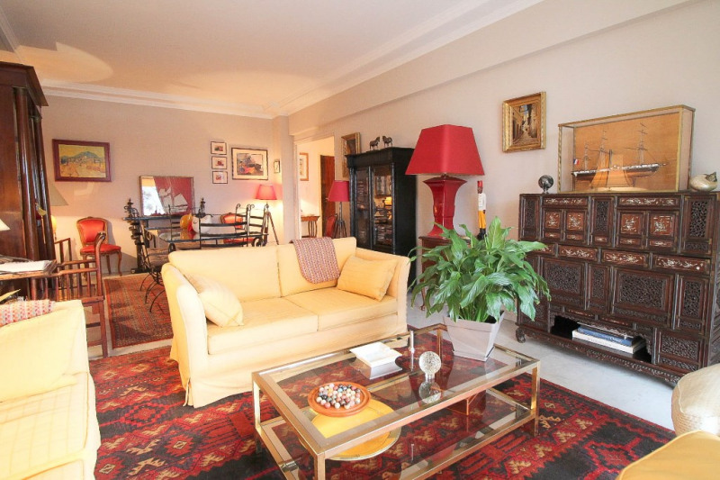 Deluxe sale apartment Nice 585000€ - Picture 2