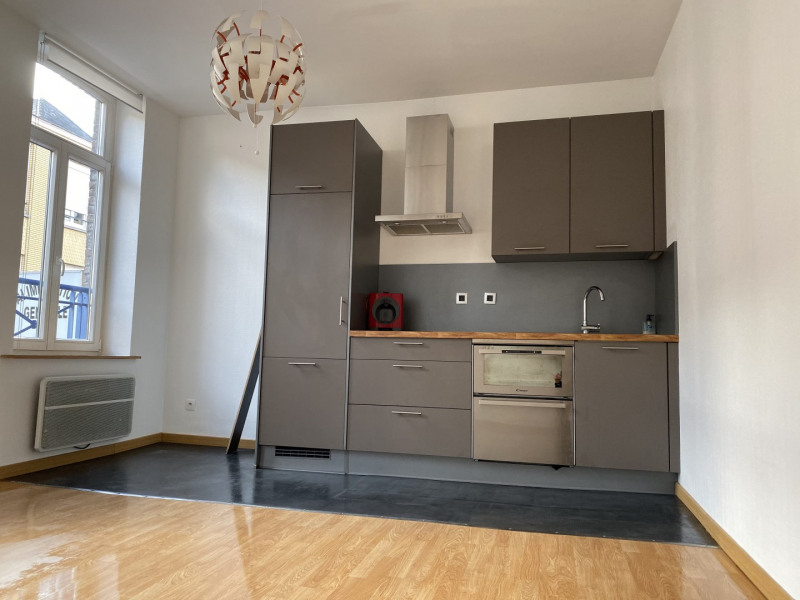 Sale apartment Lille 131 500€ - Picture 2