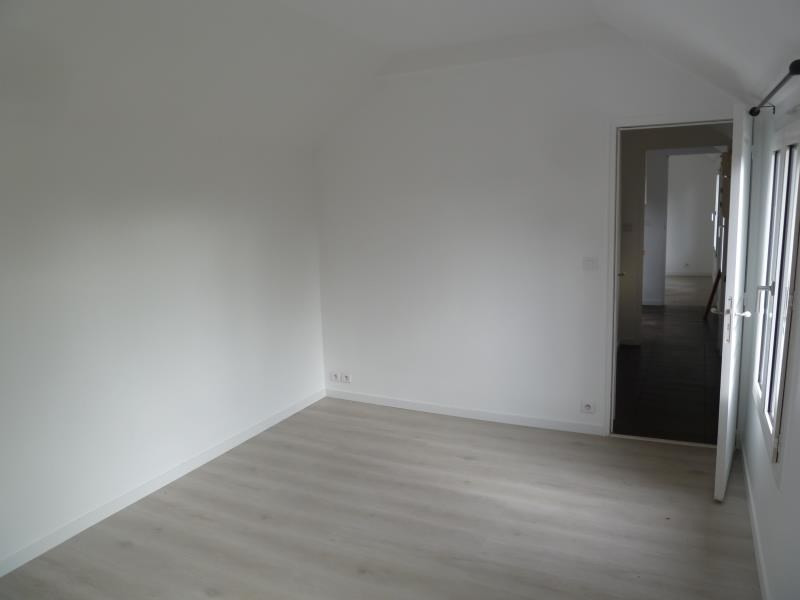 Location maison / villa Andresy 850€ CC - Photo 6