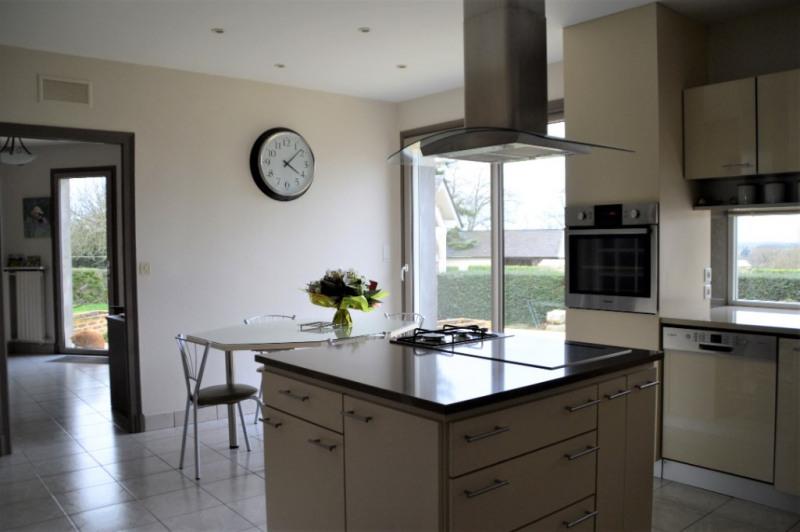 Sale house / villa Craon 332800€ - Picture 3
