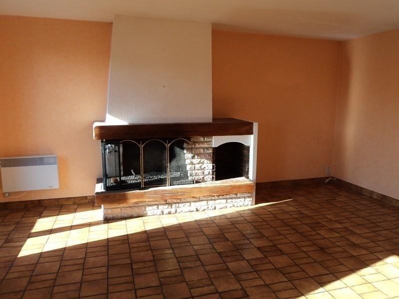 Rental house / villa Goutrens 356€ CC - Picture 2
