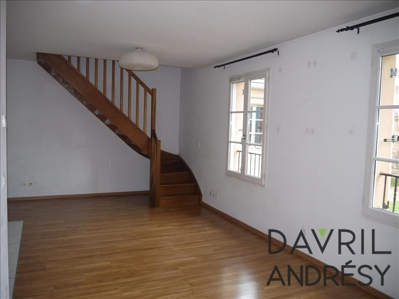 Location appartement Conflans ste honorine 884€ CC - Photo 2