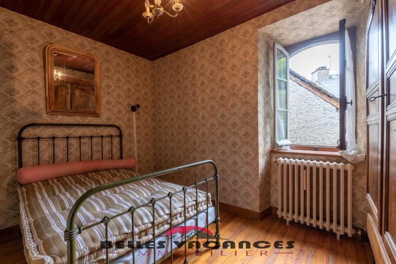 Sale house / villa Bazus-aure 283500€ - Picture 8