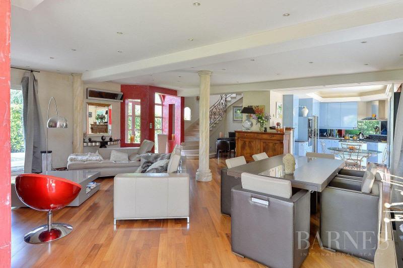 Deluxe sale house / villa Saint-bonnet-de-mure 649000€ - Picture 5