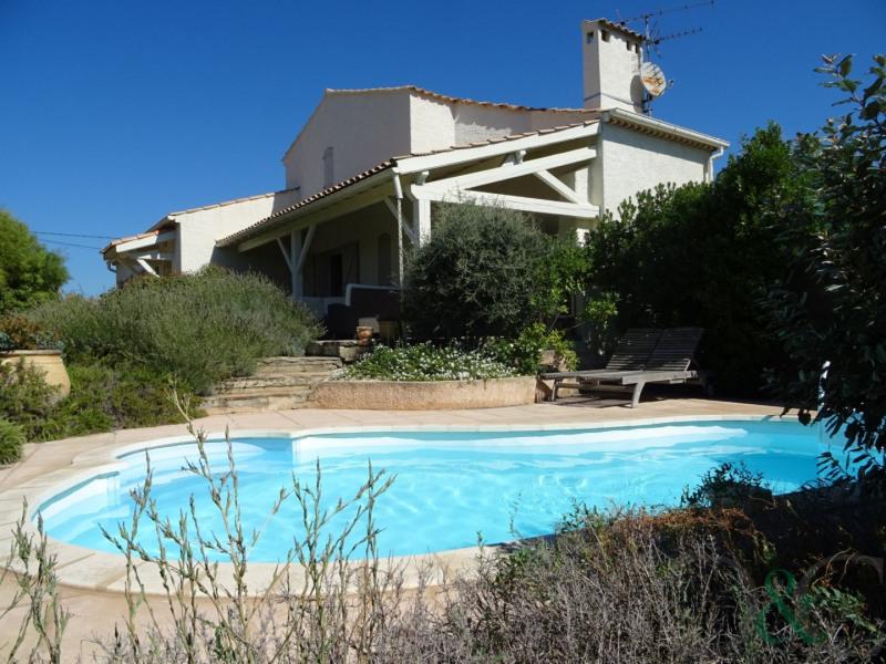 Villa à vendre avec jardin et piscine