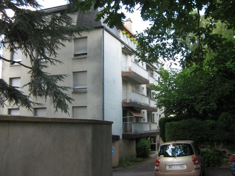 Rental apartment Nevers 755€ CC - Picture 1