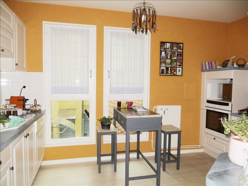Sale apartment Le puy en velay 159 500€ - Picture 3