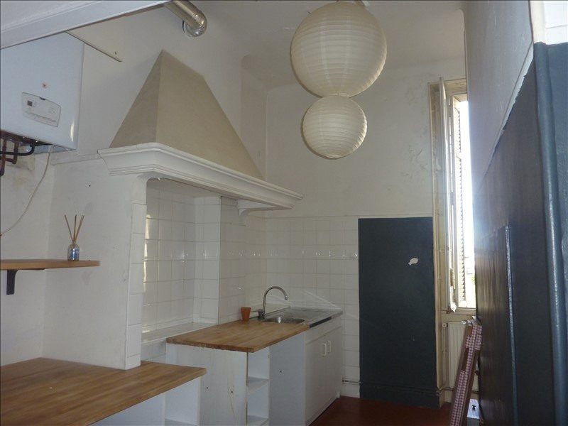 Location appartement Marseille 6ème 815€ CC - Photo 4