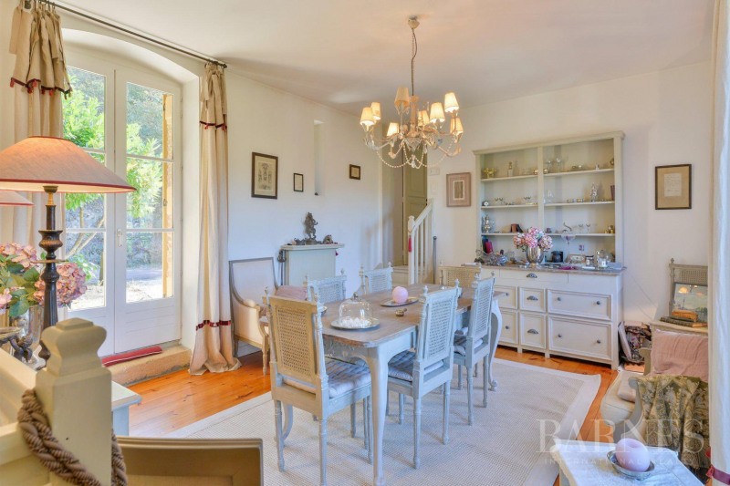 Deluxe sale house / villa Saint-vérand 790000€ - Picture 3