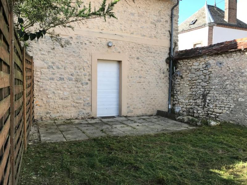 Sale house / villa Voves 99200€ - Picture 1
