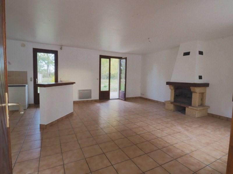 Location maison / villa La chapelle-du-châtelard 855€ CC - Photo 2