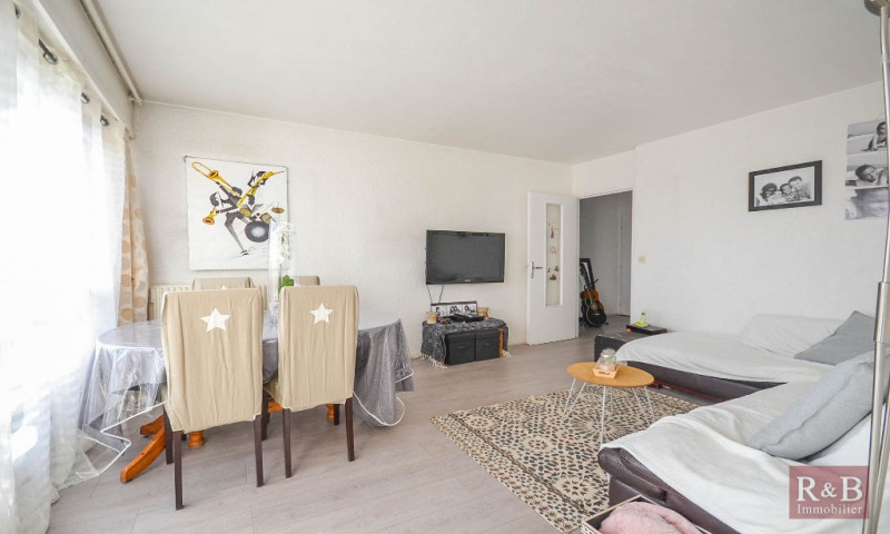 Sale apartment Les clayes sous bois 189000€ - Picture 3