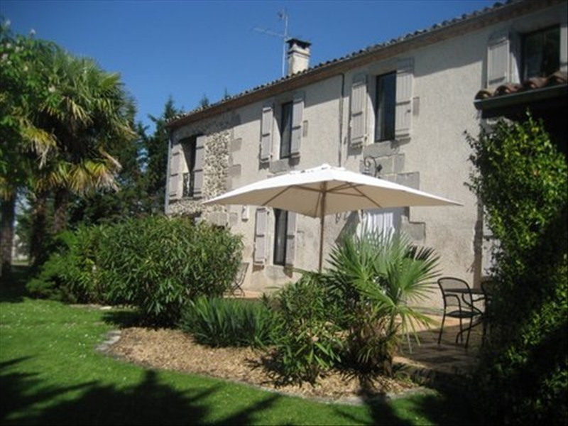 Deluxe sale house / villa Nerac 476 600€ - Picture 1