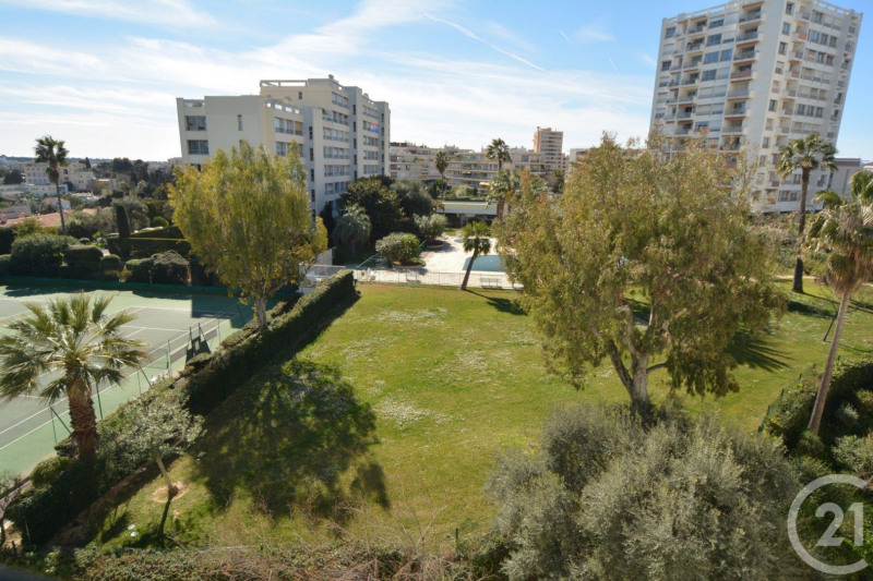 Sale apartment Antibes 202 000€ - Picture 2