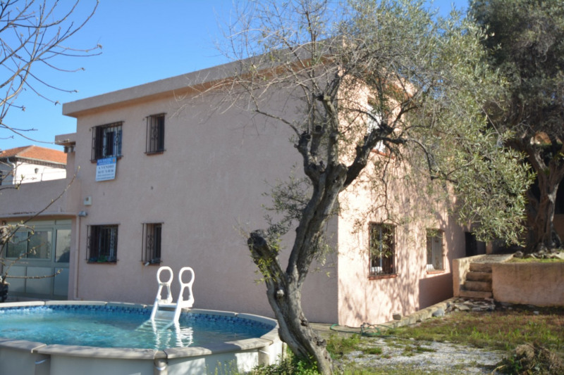 Deluxe sale house / villa Antibes 680000€ - Picture 1