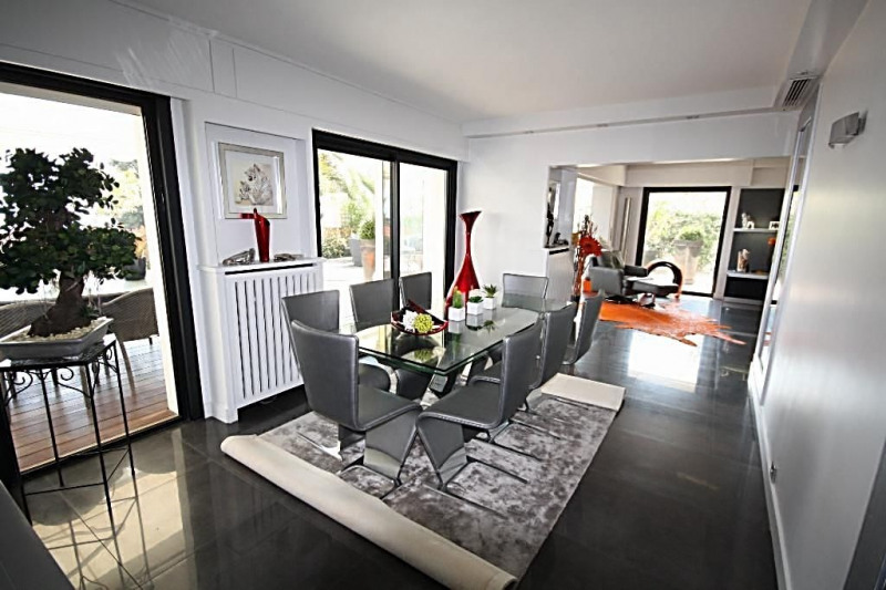 Deluxe sale apartment Golfe-juan 2 495 000€ - Picture 2