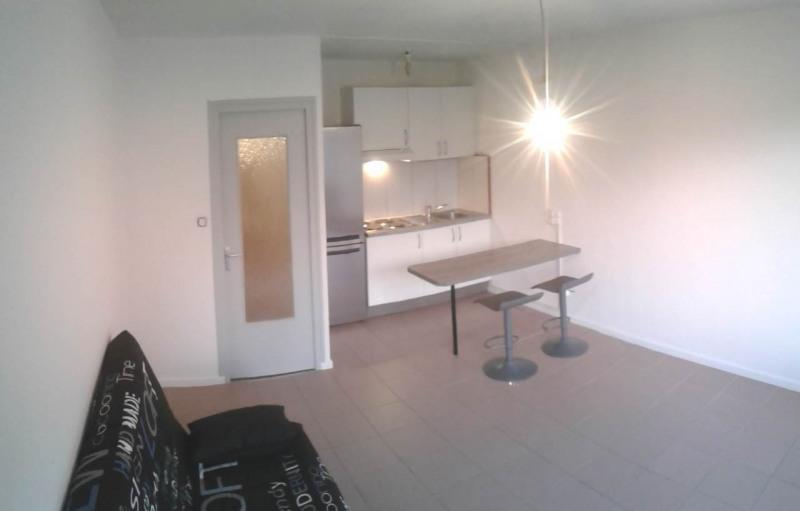 Location appartement Saint-julien-en-genevois 650€ CC - Photo 3