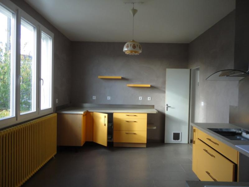 Sale house / villa Saint junien 147000€ - Picture 2