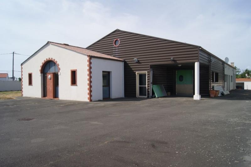 Local d'activité 300 m2