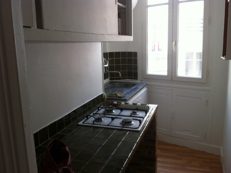 Rental apartment Paris 15ème 765€ CC - Picture 3