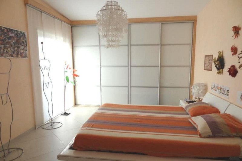 Sale apartment Antibes 985000€ - Picture 6