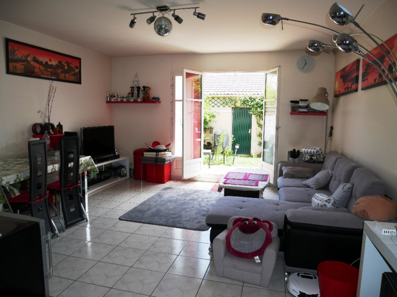 Sale house / villa Carrieres sous poissy 283 500€ - Picture 1